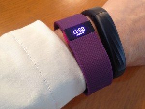 Jawbone UP3とFitbit Charge HR 袖口