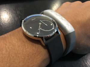 Withings Activite Steel vs Jawbone UP3 サイドバイサイド