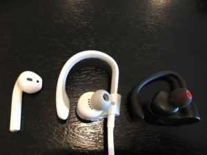 Apple AirPods vs Powerbeats3 vs SoundPEATS イヤープラグ