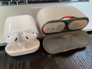 WF-1000XM3 vs AirPods Case Open